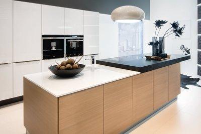 Nolte Glas Tec светлые кухни фабрики nolte kuchen